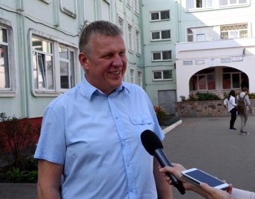 Станислав Петрушенко: «На выборах атмосфера, как в нашей юности»