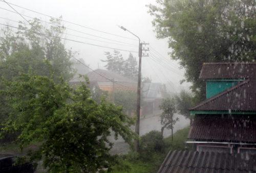 И снова дождь, и снова ветер