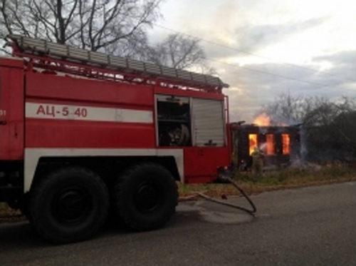 В деревне Боярниково сгорел дачный дом