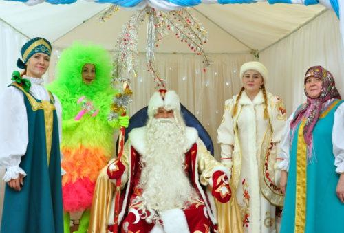 Замёрзли? Милости просим в «Избу Деда Мороза»!