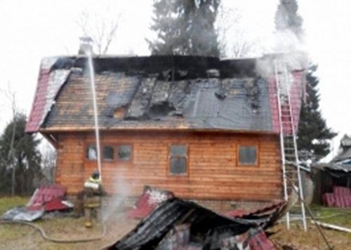 В Бернове горел дачный дом