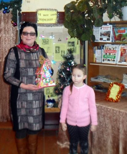 В Луковникове проходит ретро-выставка новогодних игрушек и идёт народное голосование