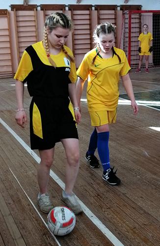 Праздник отметили футбольным турниром