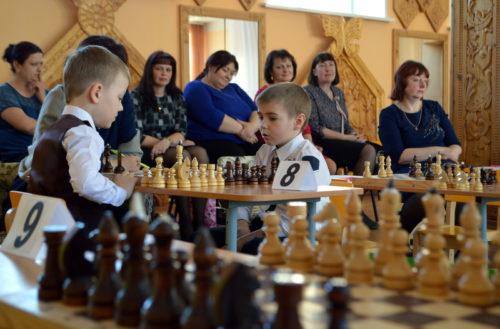 Юные шахматисты сразились на шахматном поле