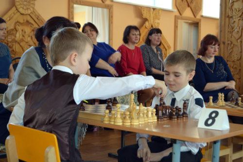 Дошколята сразились на шахматном поле