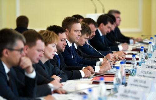 Игорь Руденя поручил разработать региональную программу развития сети дорог и повышения безопасности дорожного движения до 2024 года