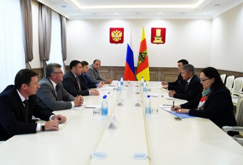 Встреча губернатора Игоря Рудени с послом Кыргызской Республики в РФ отмечена в рейтинге «Губернаторская повестка»