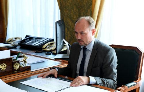 Игорь Руденя обсудил с главой Старицкого района Сергеем Журавлёвым завершение строительства поликлиники ЦРБ