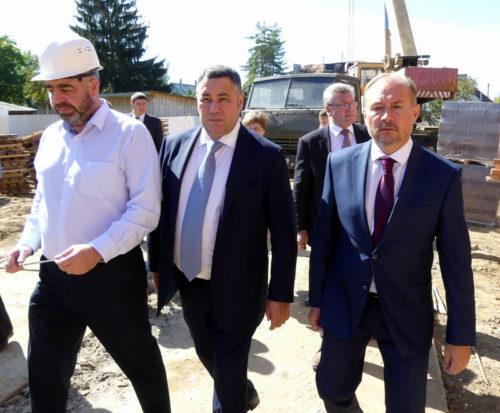 Губернатор проинспектировал строительство нового детского сада в нашем городе