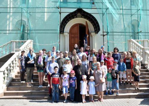 Юные старичане прогулялись по Москве