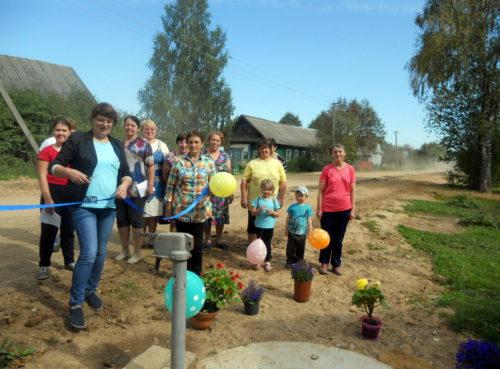 Жители Орешек порадовались качеству водоснабжения