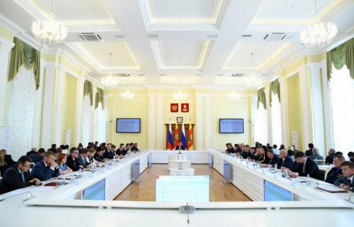 Игорь Руденя поручил разработать в Тверской области дополнительные меры по развитию строительства жилья для молодых и многодетных семей