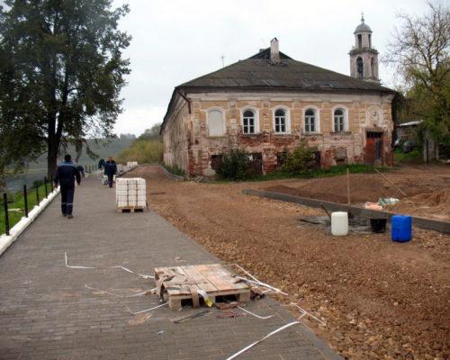 Старый дом на новой Набережной