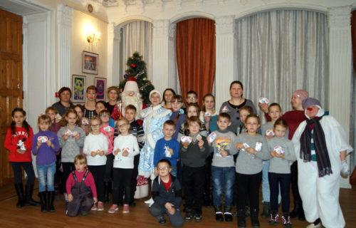 Детская библиотека развернула «Серпантин новогодних приключений»