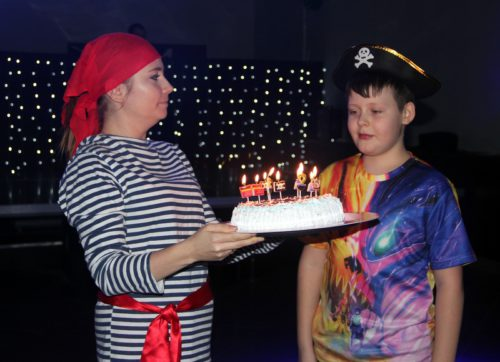 Дни рождения наши ребята празднуют отлично!