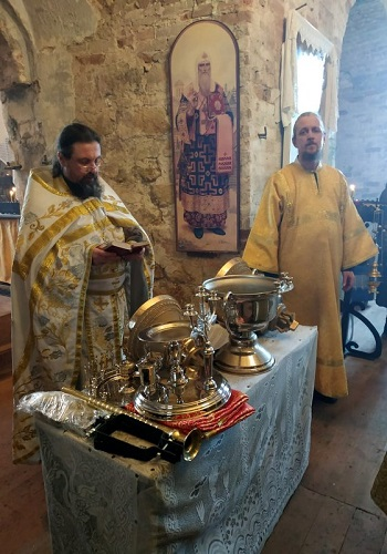 Под небесами обетованными, или Два события из жизни степуринского прихода храма Флора и Лавра