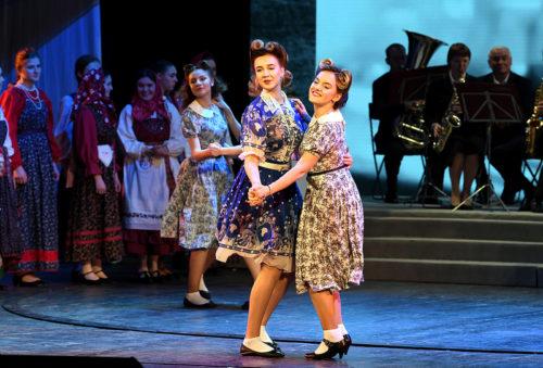 Жители Тверской области 8 марта смогут посмотреть телетрансляцию праздничного концерта в Тверском театре драмы