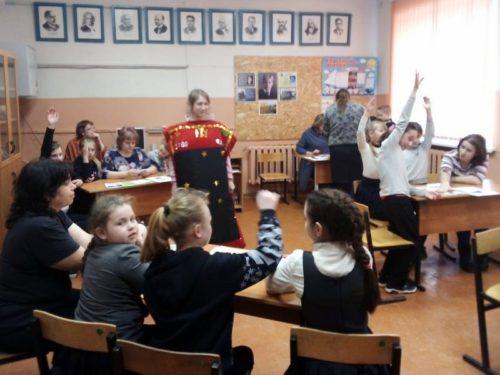 В Архангельском дети, родители и специалисты из Старицы встретились «В Кругу Друзей»