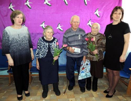 В Емельяновском поселении состоялось торжественное вручение юбилейных медалей