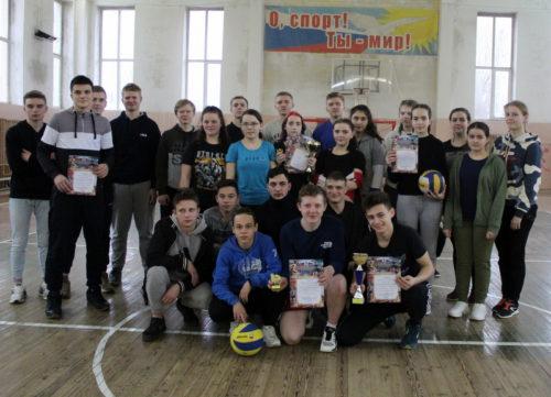 Старицкий колледж держит волейбольную марку