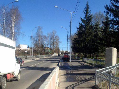 Дезинфицирующая обработка городских общественных территорий продолжается