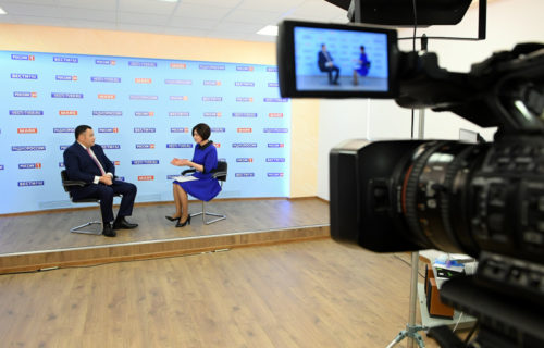 Игорь Руденя в прямом эфире телеканала «Россия 24» Тверь рассказал о ситуации с коронавирусом и планах по выходу из ограничительных мер