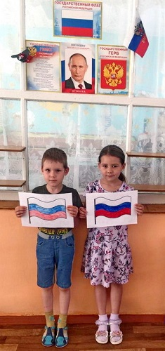 Для меня, Россия, нет тебя дороже! До чего на маму ты мою похожа!