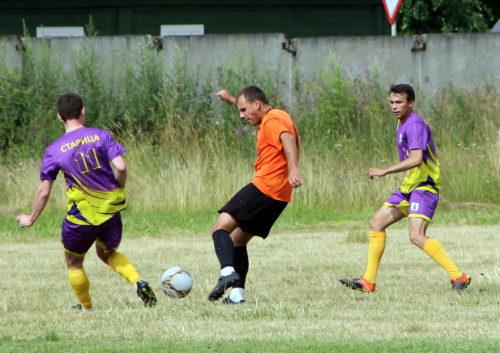 Старичане сыграли первый матч в Чемпионате области