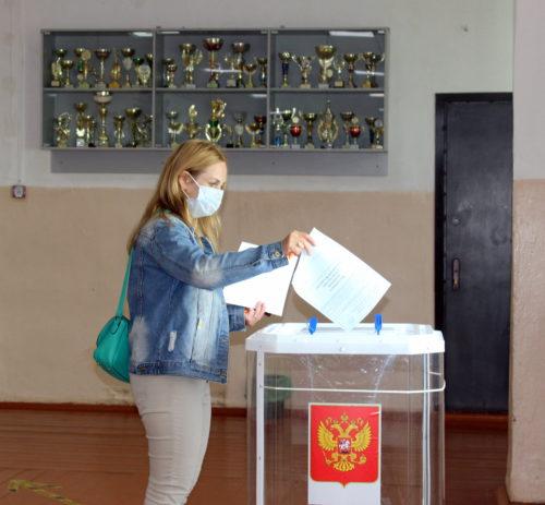 В Тверской области изменения в Конституцию РФ поддержали 71,87% участников Общероссийского голосования