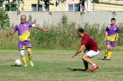 Старичане обыграли «Двину» со счётом 4-2