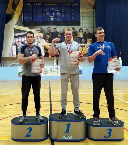 Старицкие армрестлеры победили в Волоколамске