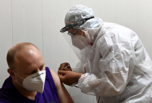 Тверская область получила очередную партию вакцины «Спутник V»