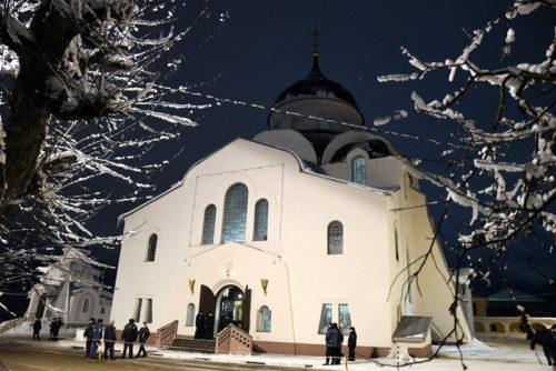 Игорь Руденя встретил Рождество Христово вместе с прихожанами Воскресенского кафедрального собора в Твери