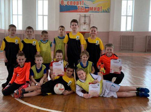 Юные футболисты сыграли Рождественский матч