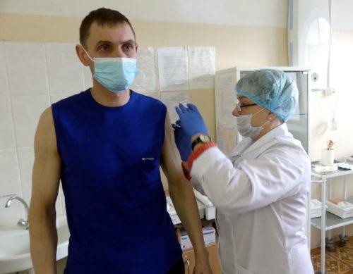 В Старице началась вакцинация от COVID-19