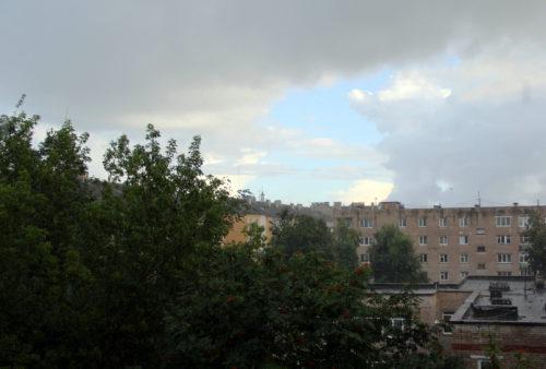 В субботу возможны ливневый дождь и гроза