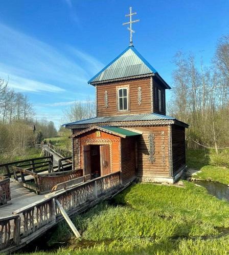 Начинаются работы по восстановлению часовни в деревне Маслово