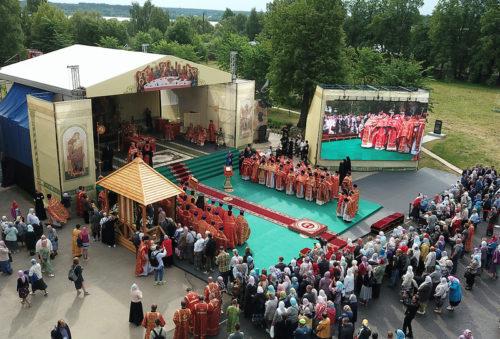Губернатор Игорь Руденя принял участие в торжествах в честь 500-летия обретения мощей святого Макария Калязинского