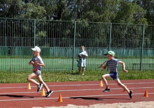 На станции Старица соревновались бегуны