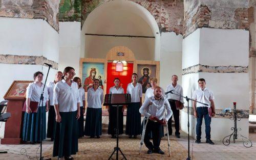 В Никольском храме села Емельяново прошёл концерт
