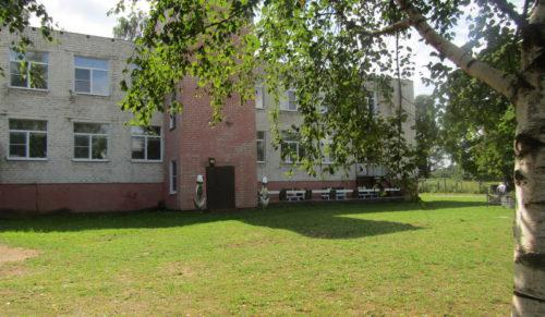 В преддверии нового учебного года в 53 школах Верхневолжья при поддержке области ведутся ремонтные работы