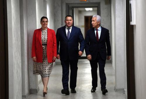 Игорь Руденя, Владимир Васильев и Юлия Саранова получили удостоверения зарегистрированных кандидатов