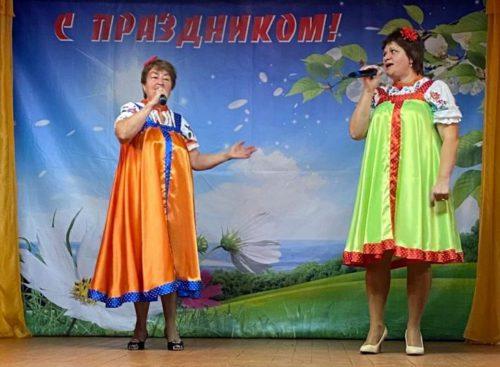 Пожилые жители Архангельского получили заряд бодрости и хорошего настроения