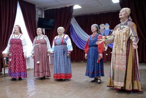 Пожилых людей поздравили тепло и душевно