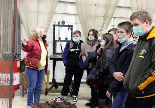 Новоямские школьники прошли урок профориентации на Старицком электромеханическом заводе